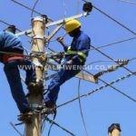 umoja residents almost lynch kenya power employees